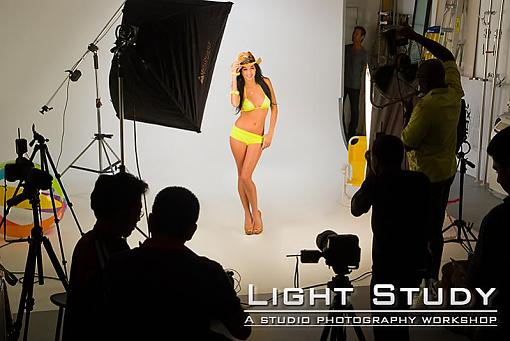 Building a studio-light-study_swimwear_shoot.jpg