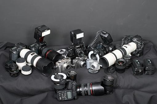 Camera Family Portrait-canon-family-minus-missing-children.jpg