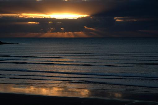 No words: The Golden Hour-sunrise2.jpg