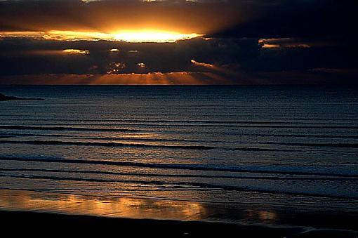 No words: The Golden Hour-sunrise.jpg