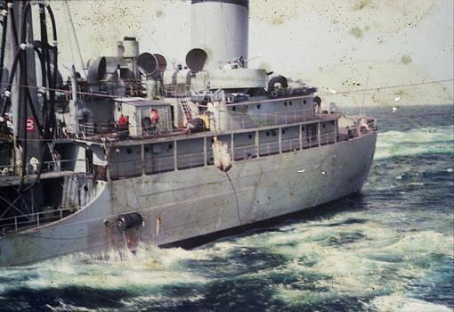 2 more Navy restoration pics-dia_0044-original.jpg
