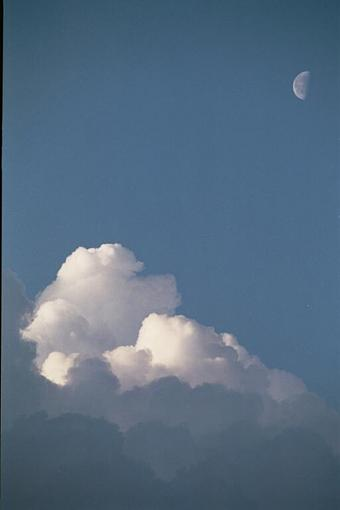 I Can't Believe It Took Me Two Weeks...-moon-clouds-r640.jpg