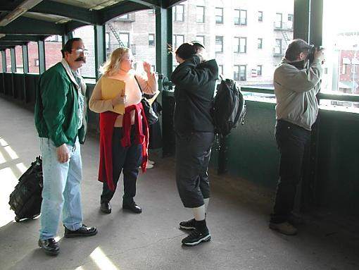 NYC Mini Gathering Pics.....-group-tunnel.jpg