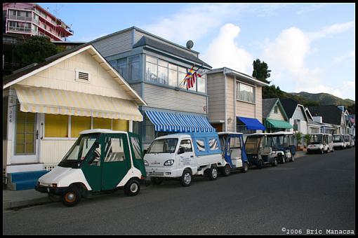 It's so hard to find parking.....-img_2409_w640.jpg