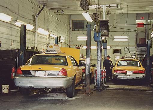NYC Mini Gathering Pics.....-taxi-shop.jpg