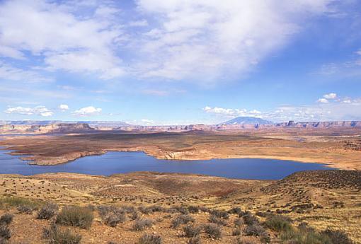 Travelogue - Lake Powell-lake-2.jpg