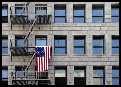 L.A. Photogathering pics-broadway_flag_w640.jpg