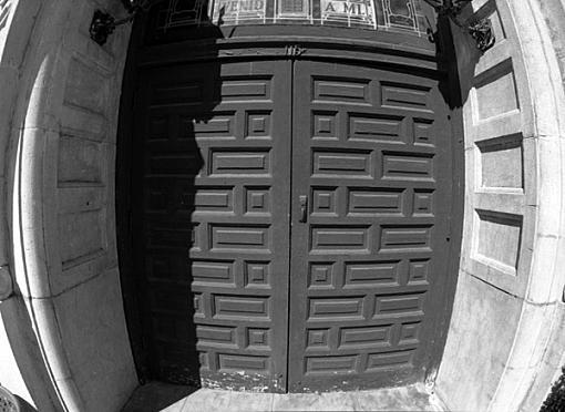 L.A. Photogathering pics-olivera-door.jpg