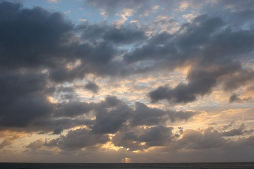 Clouds over Sunset-shaping-room-shots-113.jpg
