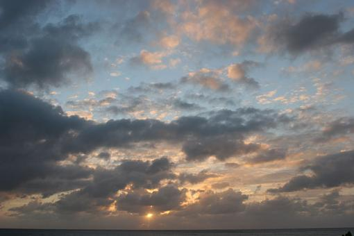 Clouds over Sunset-shaping-room-shots-116.jpg