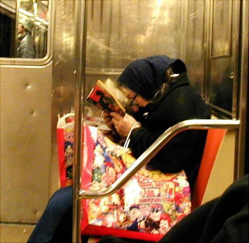 Anyone who LOVES NY.....-lady-2train.jpg