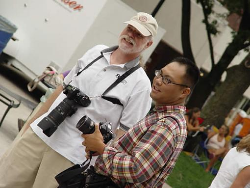 Post your pictures of photographers!-photog1.jpg