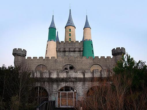 Heritage USA-front-castle.jpg