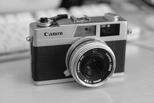 Canonet GIII QL17 and Ilford FP4+ in Rodinal-canonet.jpg