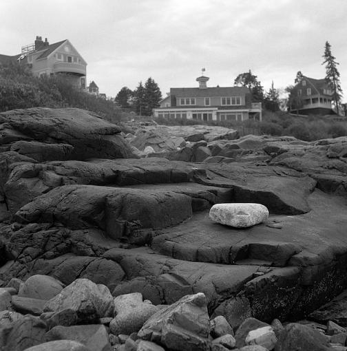Playing with a new toy at the beach...-10232007-2.jpg