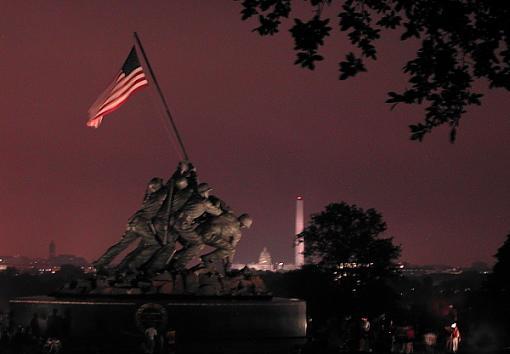 Happy 4th July to everyone not that it-iwo-jima.jpg