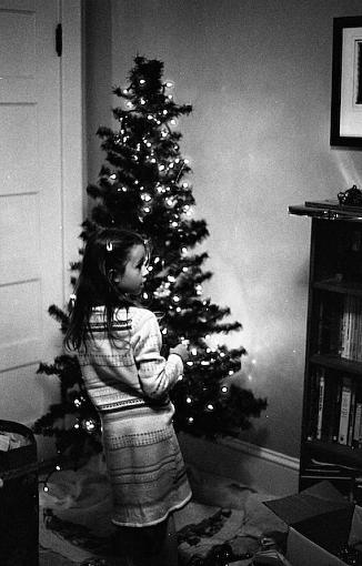 A Very Merry 50mm Christmas-11262007-2.jpg