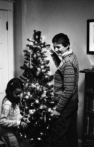 A Very Merry 50mm Christmas-11262007-16.jpg