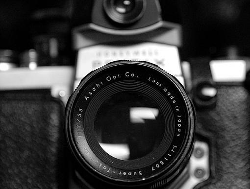 50mm Black and White-dsc_1304-2-640.jpg