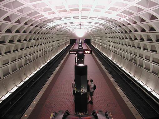 A night in DC.-metro.jpg