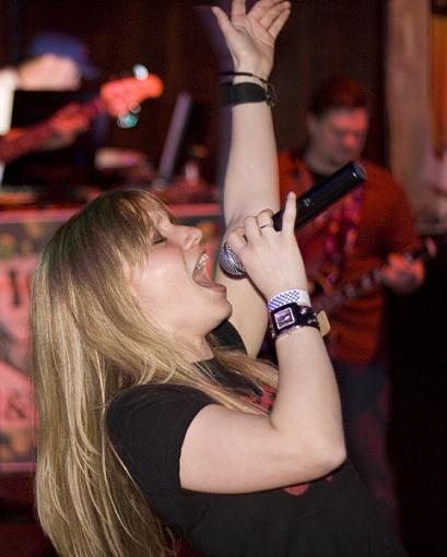 Did some photos of a friends band last friday..-pipedream_web_maho2008-04-11_009.jpg