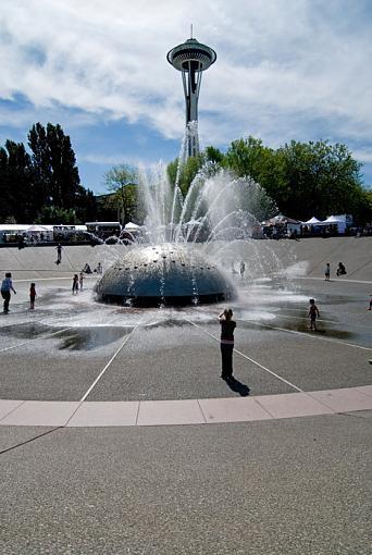 Folklife/SeattleCenter/grandaughter-dsc_0018-047.jpg