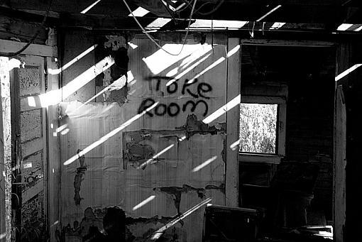 ''Graffiti'' Post yours :)-oct-12-2007-049.jpg