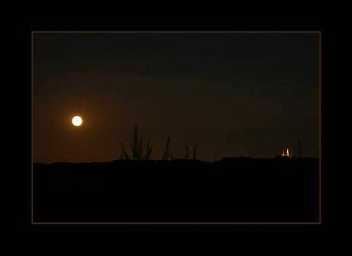 Shooting the moon... who can shed some light?-moonchurch1.jpg