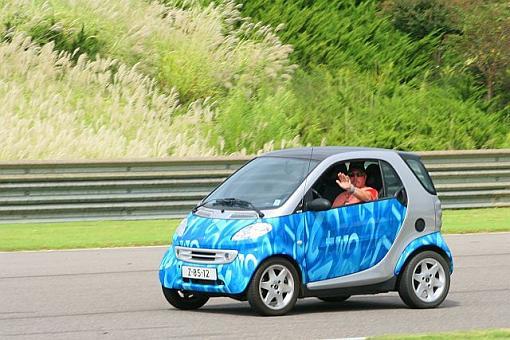 Transportation Thread-smart-car.jpg