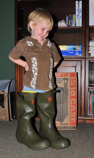 Cute Kid Thread 2008-bryan-boots-copy.jpg