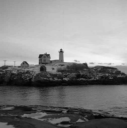 Post your b&w images - digital or film....-nubble.jpg
