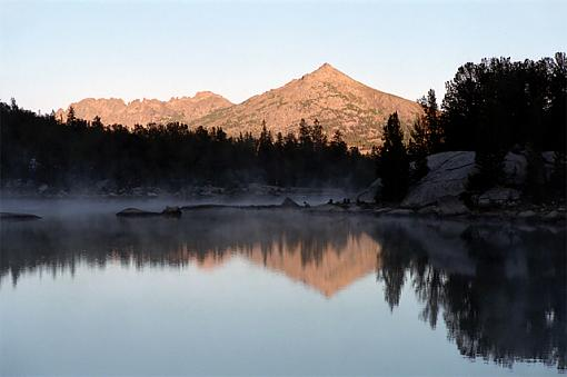 Your Desktop Photo... Why?-clear-lake-mist-640.jpg