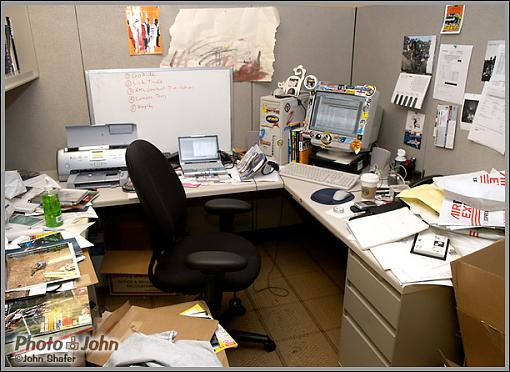 What's in Your Office?-mycube_08_04.jpg