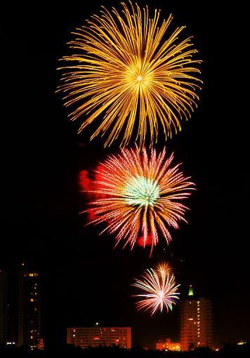 2009 Fireworks Thread-2009-07-04-17-27-06-dscf0346.jpg