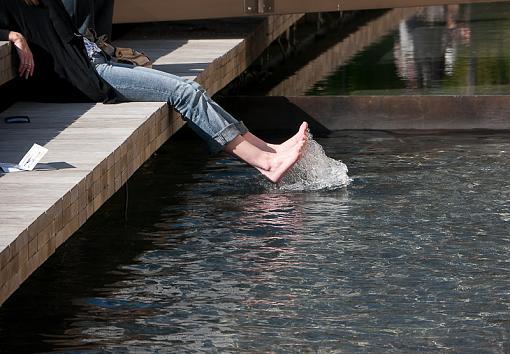 Cool feet-_1010442.jpg