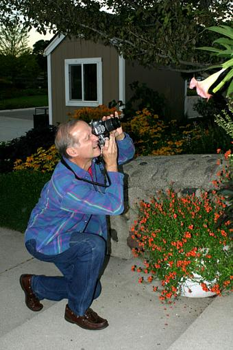 Post your pictures of photographers!-dad2_up.jpg