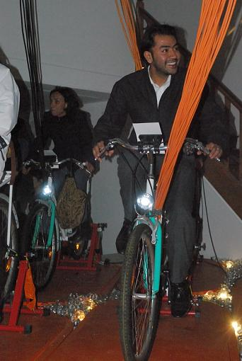 Paris Nuit Blanche - artistic happening by prime-5-pedals.jpg