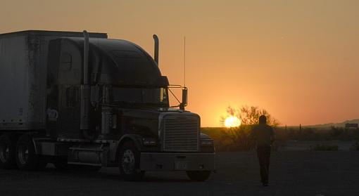 Trucker Sunset-_img0053_800.jpg