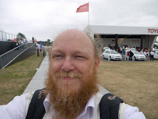 Self Portrait thread-p1020441.jpg