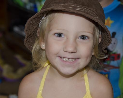 Cute Kid Thread 2008-dsc_6921_2.jpg