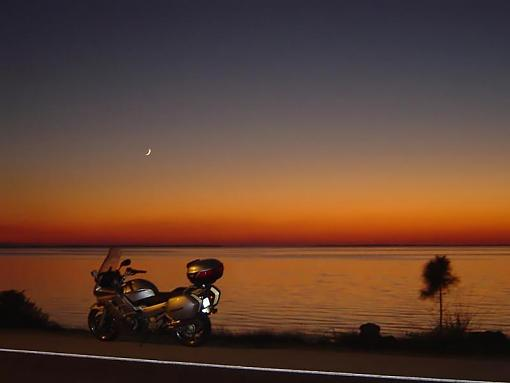 Post your P&S images here-sunset1024bikeonly_filtered.jpg