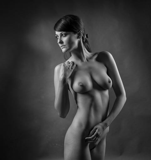 Softening the D800 (nudity)-4538-089.jpg