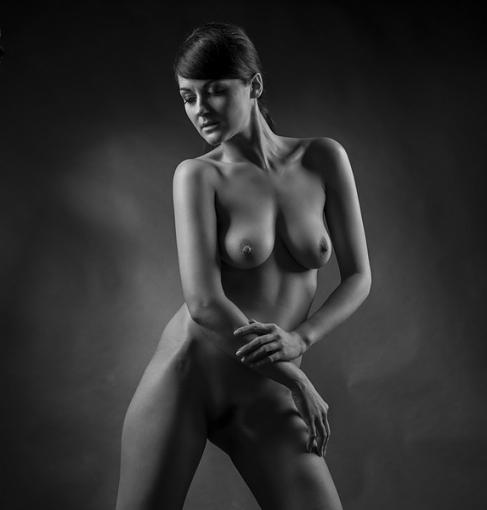 Softening the D800 (nudity)-4538-097.jpg