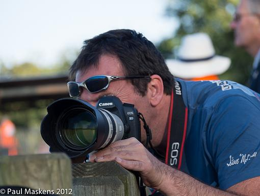 Capture a Photographer-_1156447.jpg